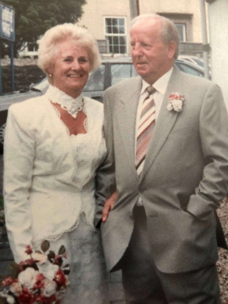 Hospiscare patient Alfred with his wife Stella on their wedding day