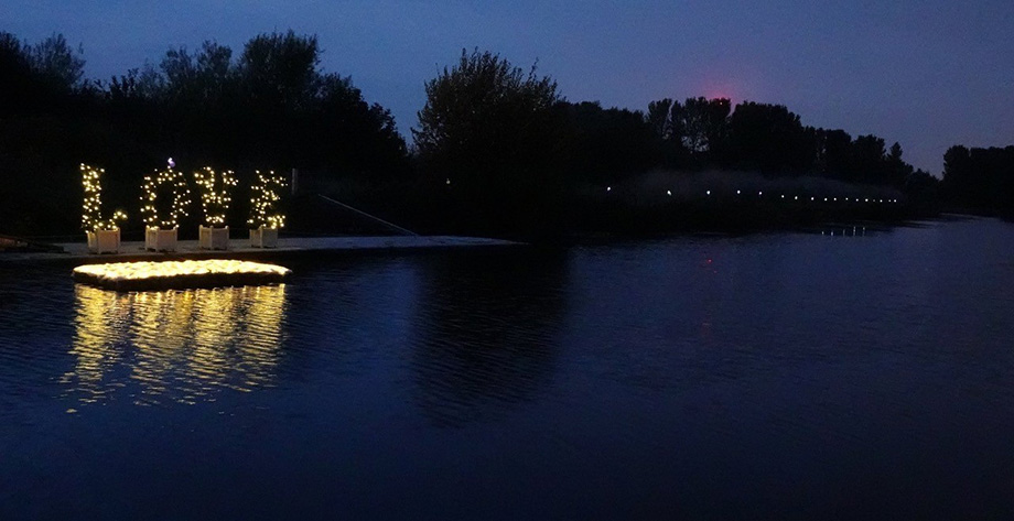 Candles on the Canal: An evening to remember