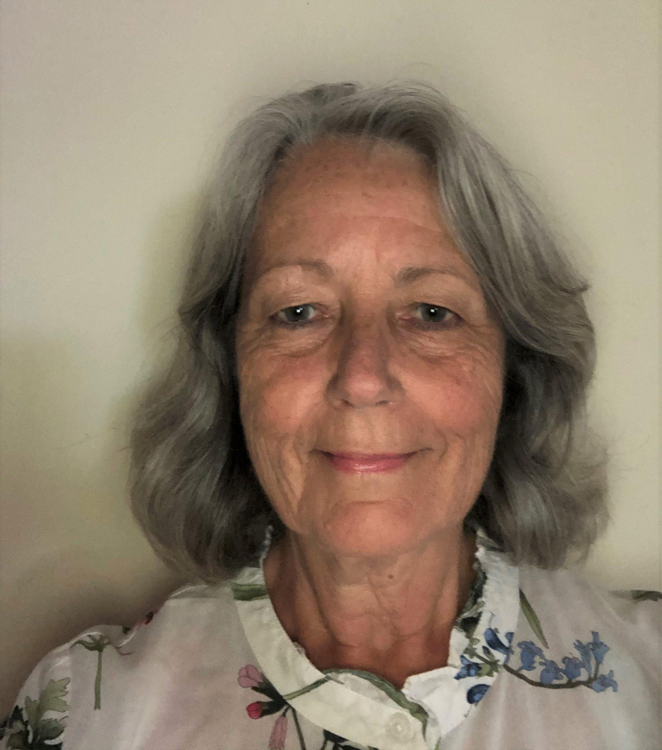 Dr Helen Enright