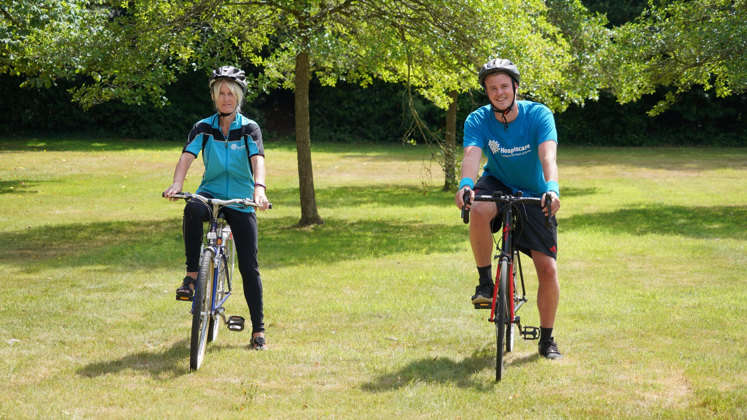 Two cyclists gearing up for Tour de Devon for Hospiscare