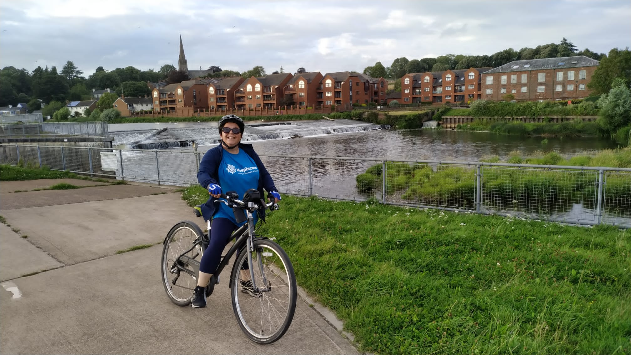 Hospiscare hero tackles 400 mile charity cycle challenge
