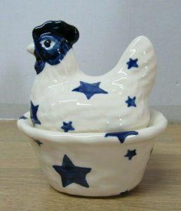 An Emma Bridgwater ceramic hen